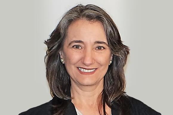 Marina Hermosilla D.